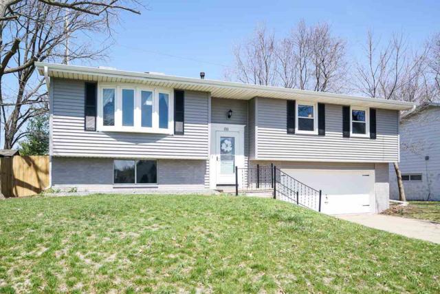 1713 W Thames Drive, Peoria, IL 61614 (#1193366) :: Adam Merrick Real Estate