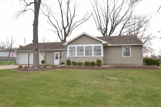5022 N Belmont Place, Peoria Heights, IL 61616 (#1193510) :: Adam Merrick Real Estate