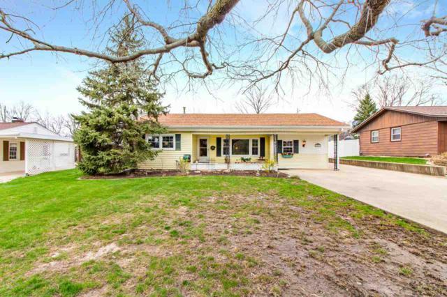 607 W Forrest Lawn, Peoria, IL 61615 (#1193579) :: Adam Merrick Real Estate