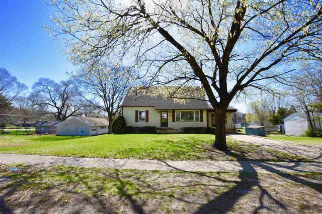 304 N Washington Street, Manito, IL 61546 (#1193745) :: Adam Merrick Real Estate