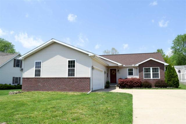 2104 Easter Avenue, Pekin, IL 61554 (#1194210) :: Adam Merrick Real Estate