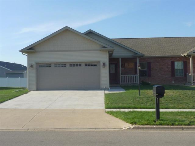 1303 Kingsbury, Washington, IL 61571 (#1194404) :: Adam Merrick Real Estate
