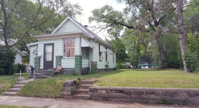 2110 W Marquette, Peoria, IL 61605 (#1194416) :: Adam Merrick Real Estate