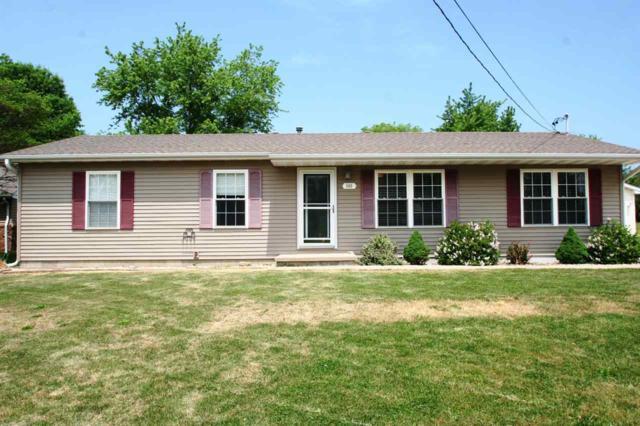 606 E Madison Street, Mackinaw, IL 61755 (#1194509) :: Adam Merrick Real Estate