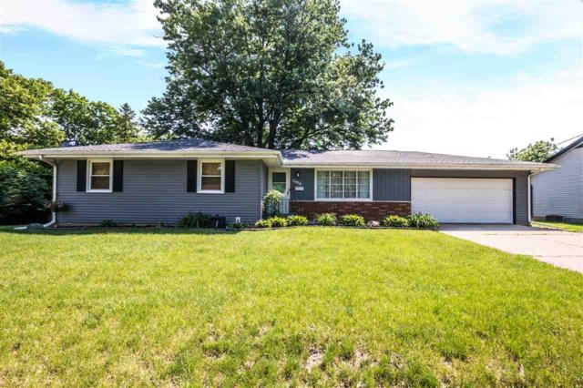 2606 N Wilson Drive, Peoria, IL 61604 (#1194704) :: Adam Merrick Real Estate