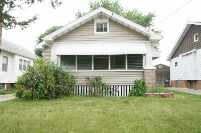 725 W Virginia Avenue, Peoria, IL 61604 (#1194816) :: Adam Merrick Real Estate