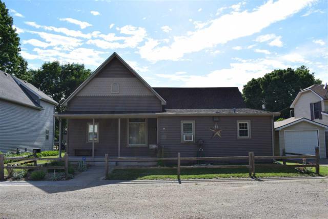 1707 N Benedict Street, Chillicothe, IL 61523 (#1194877) :: Adam Merrick Real Estate