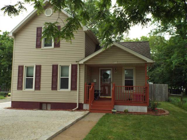 465 N West Street, Farmington, IL 61531 (#1194925) :: Adam Merrick Real Estate