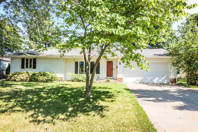 6511 N Parkview Terrace, Peoria, IL 61614 (#1194998) :: Adam Merrick Real Estate