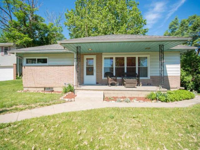 5801 S Jefferson, Bartonville, IL 61607 (#1195006) :: Adam Merrick Real Estate