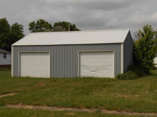 445 E Davis Street, Bushnell, IL 61422 (#1195418) :: Adam Merrick Real Estate