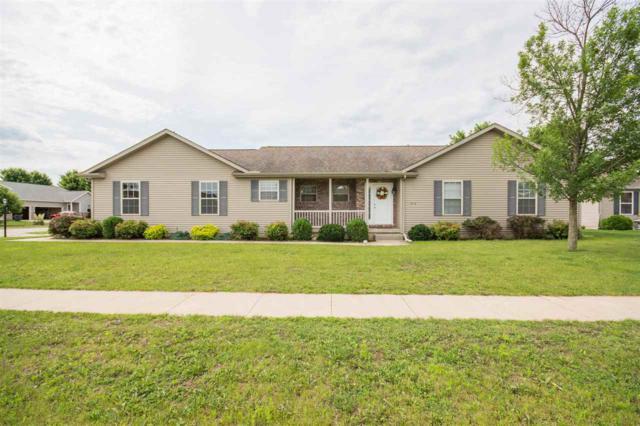 1300 W Harborway Drive, Chillicothe, IL 61523 (#1195456) :: Adam Merrick Real Estate