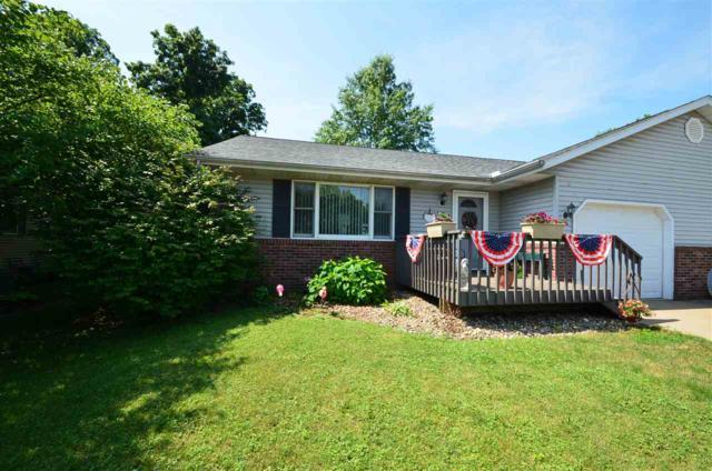 110b Grandview Circle, Eureka, IL 61530 (#1195476) :: Adam Merrick Real Estate