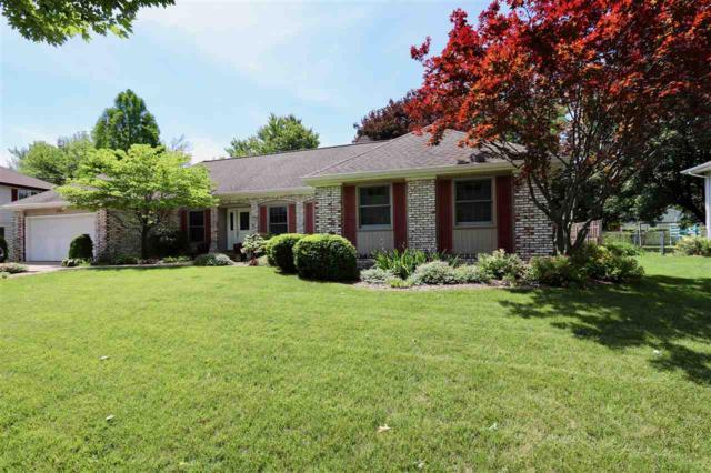 6862 N Fox Point Drive, Peoria, IL 61614 (#1195478) :: Adam Merrick Real Estate