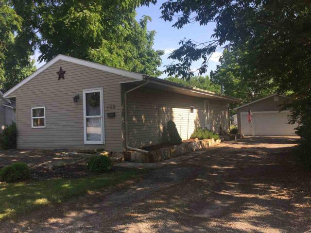 1109 E Calhoun Street, Macomb, IL 61455 (#1195497) :: Adam Merrick Real Estate
