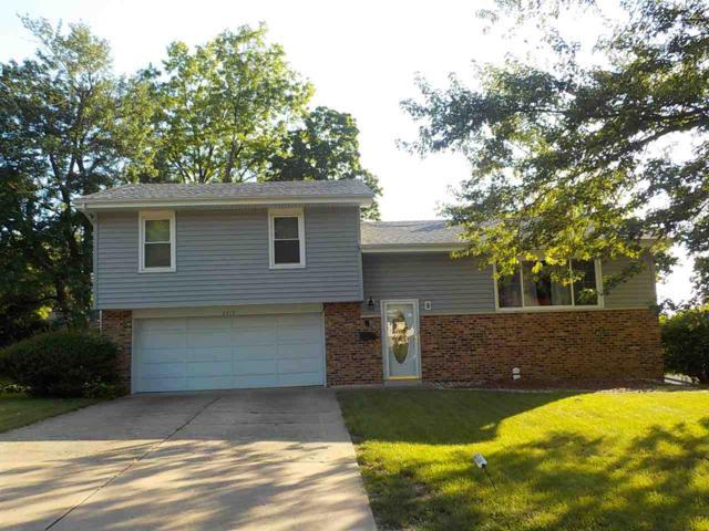 2812 Huntington Drive, Peoria, IL 61614 (#1195562) :: Adam Merrick Real Estate