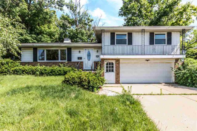 2127 W Newman Parkway, Peoria, IL 61604 (#1195611) :: Adam Merrick Real Estate