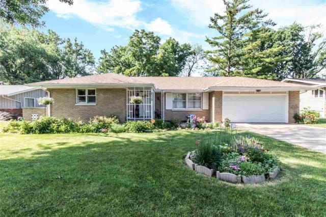 2110 W Newman Parkway, Peoria, IL 61604 (#1195615) :: Adam Merrick Real Estate