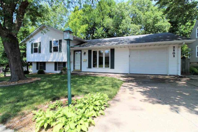2101 Glenview Drive, Pekin, IL 61554 (#1195625) :: Adam Merrick Real Estate