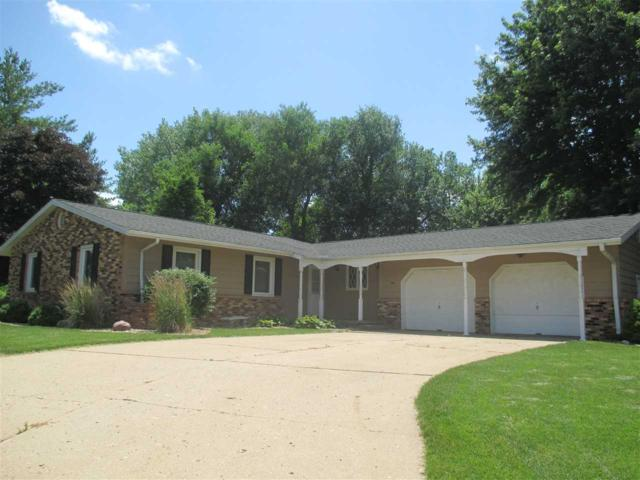 1 Marion Point, Pekin, IL 61554 (#1195637) :: RE/MAX Preferred Choice