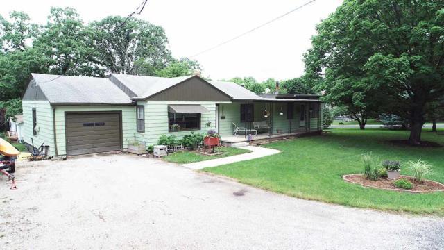 1002 S Timberlane, Eureka, IL 61530 (#1195788) :: Adam Merrick Real Estate
