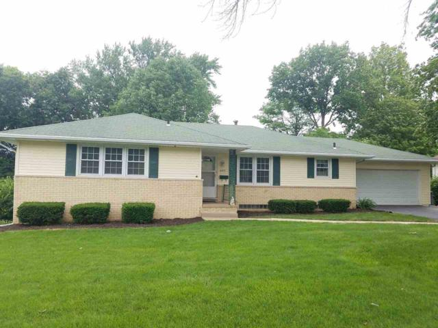 6431 N Greenmont Road, Peoria, IL 61614 (#1195859) :: Adam Merrick Real Estate