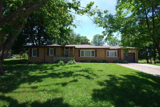 210 Sunset Lane, Germantown Hills, IL 61548 (#1195897) :: RE/MAX Preferred Choice