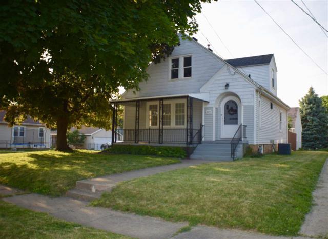 1425 W Gilbert Avenue, Peoria, IL 61604 (#1195901) :: Adam Merrick Real Estate