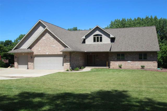 20711 N Deer Bluffs Drive, Chillicothe, IL 61523 (#1195985) :: Adam Merrick Real Estate