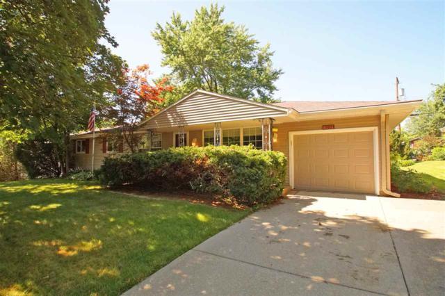 1923 W Riviera Drive, Peoria, IL 61614 (#1196023) :: Adam Merrick Real Estate