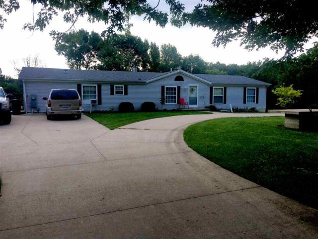 300 S Wilcox, Nauvoo, IL 62354 (#1196063) :: Adam Merrick Real Estate