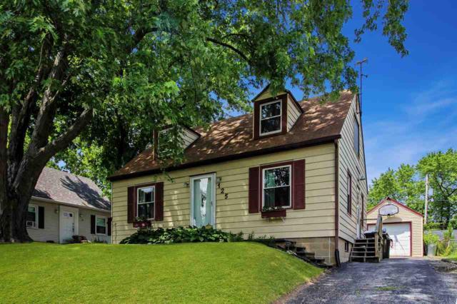125 E Cherry Ridge Road, Peoria, IL 61614 (#1196077) :: Adam Merrick Real Estate