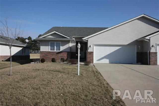 520 N Brad Court, Hanna City, IL 61536 (#1196094) :: Adam Merrick Real Estate