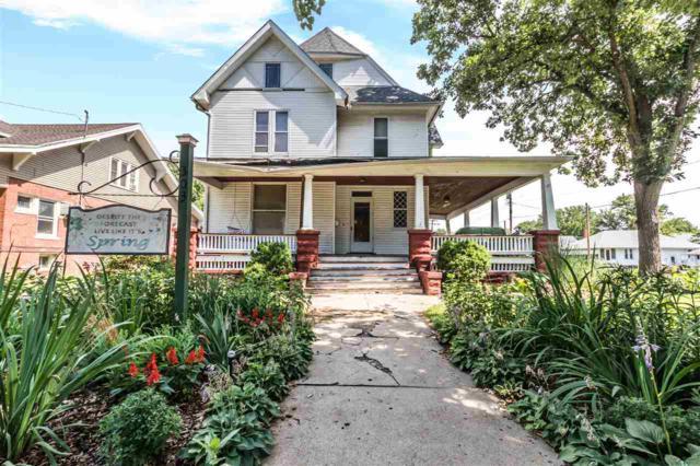 303 W Chestnut Street, Canton, IL 61520 (#1196121) :: Adam Merrick Real Estate