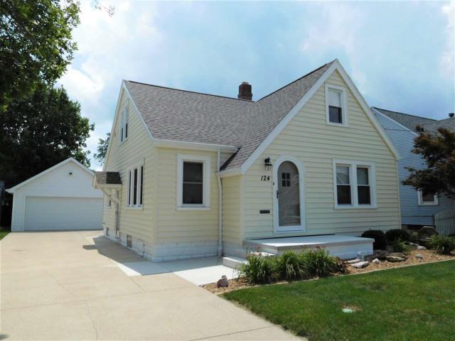 124 N Fifth Avenue, Morton, IL 61550 (#1196232) :: Adam Merrick Real Estate