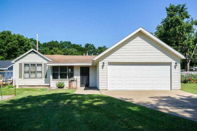 14227 N Edgewater Drive, Chillicothe, IL 61523 (#1196293) :: RE/MAX Preferred Choice