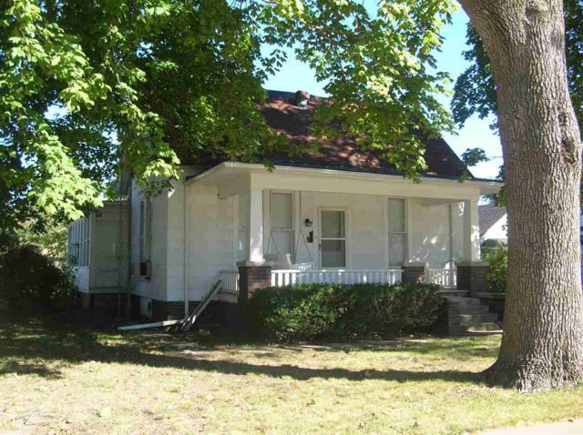 500 W Washington Street, Blandinsville, IL 61420 (#1196312) :: Adam Merrick Real Estate