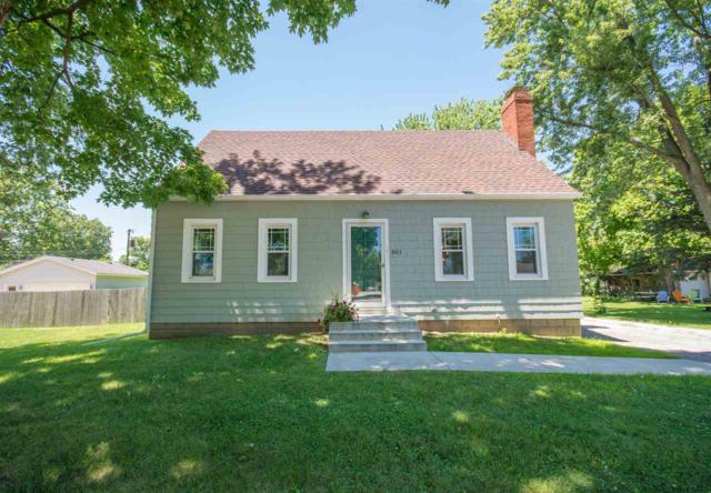 801 S Main Street, Morton, IL 61550 (#1196345) :: Adam Merrick Real Estate