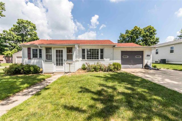 307 Devonshire Road, Washington, IL 61571 (#1196470) :: Adam Merrick Real Estate
