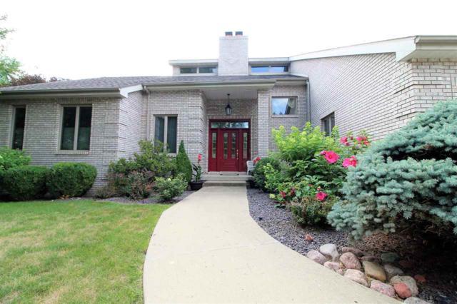 7 Winged Foot Drive, Pekin, IL 61554 (#1196474) :: Adam Merrick Real Estate