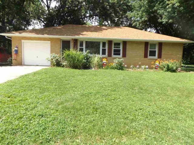 13856 Glenmar, Pekin, IL 61554 (#1196546) :: Adam Merrick Real Estate