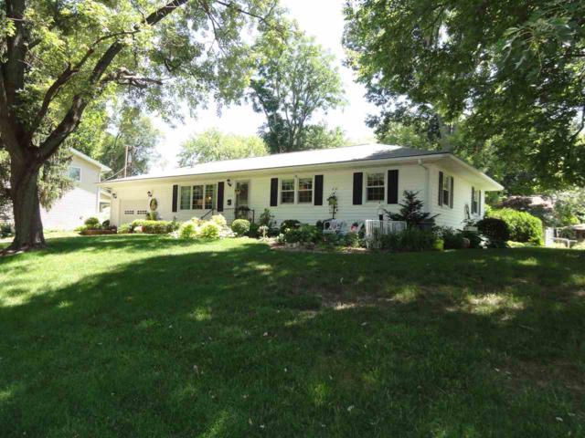 2608 W Huntington Drive, Peoria, IL 61614 (#1196564) :: Adam Merrick Real Estate