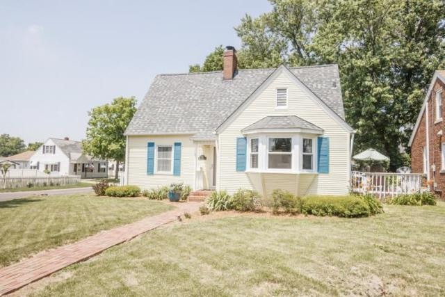 1111 W Northcrest Avenue, Peoria, IL 61614 (#1196569) :: Adam Merrick Real Estate