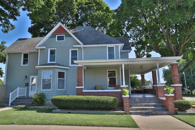 87 N West Street, Farmington, IL 61531 (#1196617) :: Adam Merrick Real Estate