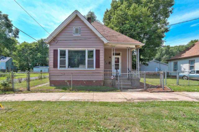 213 N Webster, Peoria, IL 61605 (#1196625) :: Adam Merrick Real Estate