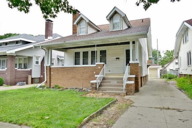 801 W Eleanor Place, Peoria, IL 61604 (#1196636) :: Adam Merrick Real Estate