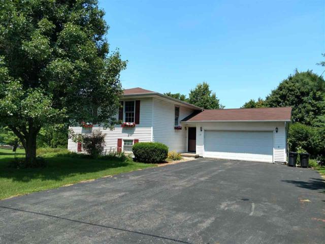 110 Brandy Drive, Mackinaw, IL 61755 (#1196786) :: Adam Merrick Real Estate