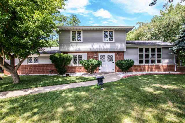 2838 W Fountaindale Drive, Peoria, IL 61614 (#1196839) :: Adam Merrick Real Estate