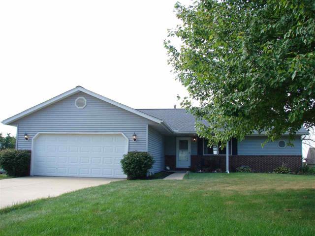 906 Brookshire, Eureka, IL 61530 (#1197025) :: Adam Merrick Real Estate