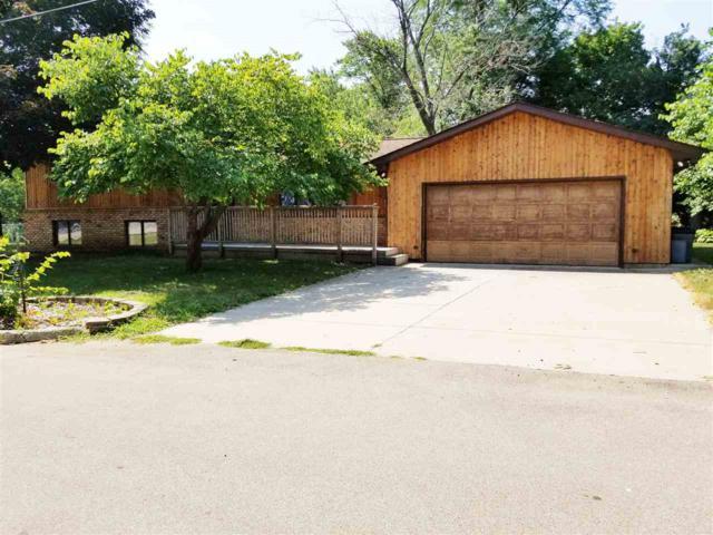 6312 E Beach, Chillicothe, IL 61523 (#1197120) :: Adam Merrick Real Estate
